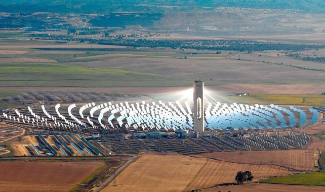 Construyen en Atacama la primera planta termosolar de Latinoamérica