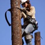 Katherine es la primera mujer que intenta ser una liniera de Austin Energy USA en casi 20 años