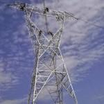 Montaje de torres de 500 kv, un trabajo arriesgado