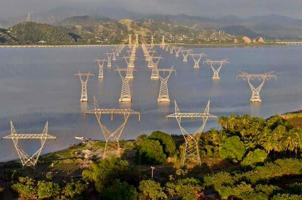 Lineas de transmision en la Laguna Cuyutlan