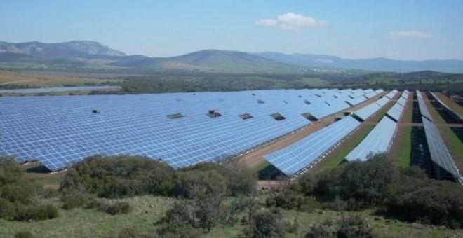 Los fondos buitre lanzan sus garras sobre las renovables