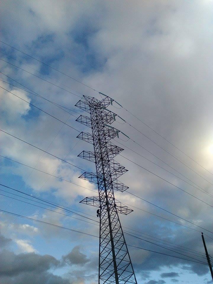 Torre de anclaje para 2 circuitos