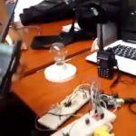 Video: Adivinen que se quemó acá ¿arduino, foco, puerto usb  o transceptores ?