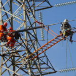 Cambio de Aislación en estructuras de Anclaje con Líneas Energizadas, LI 2x220 kV